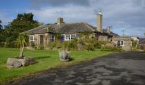 Mains Cottages